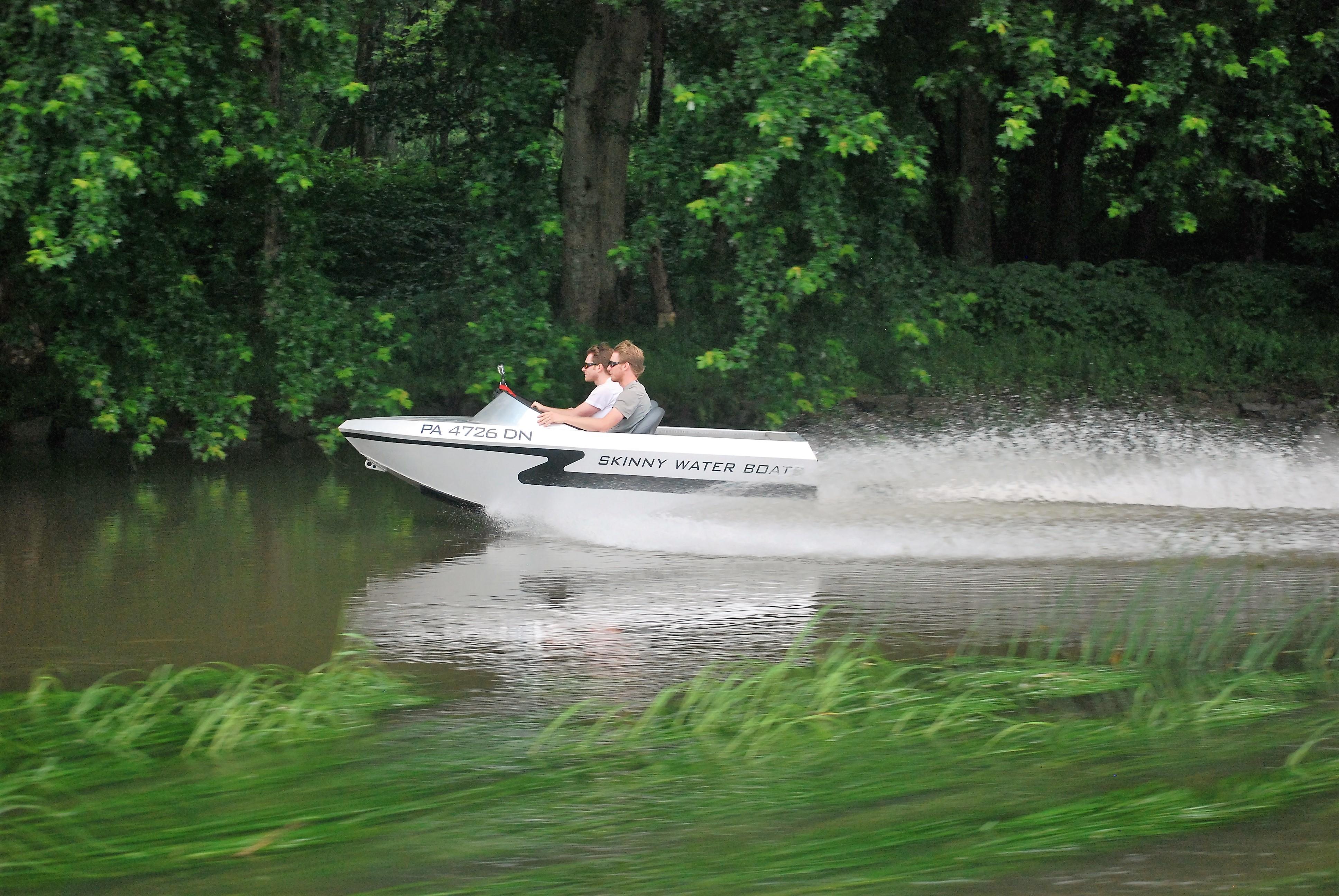 Mini Jet Boat 17